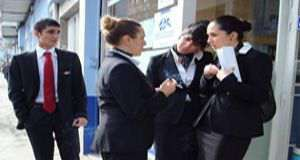 Offerte lavorative per hostess di bordo